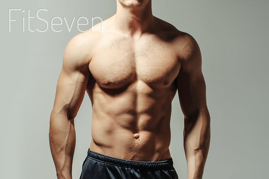 Мощные грудные мышцы